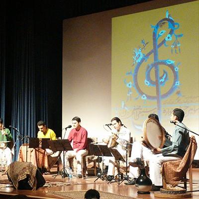 نواختن دف، دایره و کوزه در سومین جشنواره موسیقی اصفهان-گروه مهرآهنگ